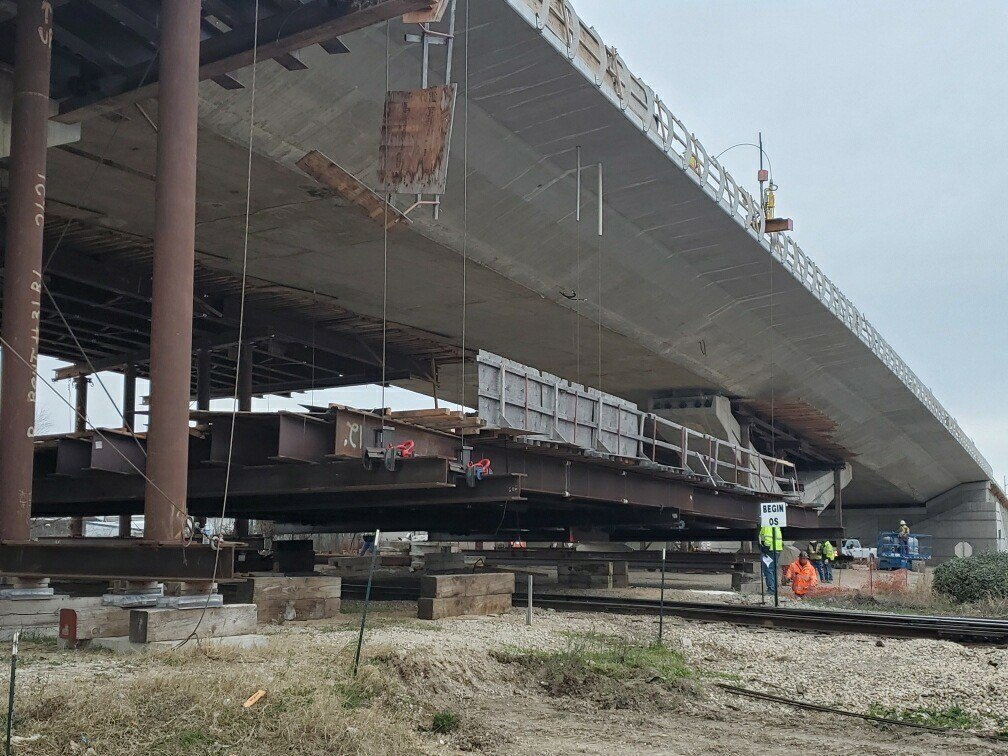Falsework Lowering on the Panther Island White Settlement Rd. Bridge