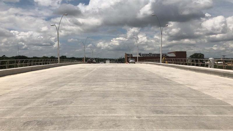 North Main Signature Bridge Landscaping