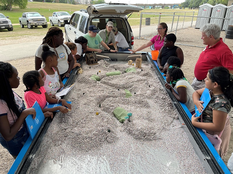 The Art of Living & Fort Worth SPARC bring students to the river